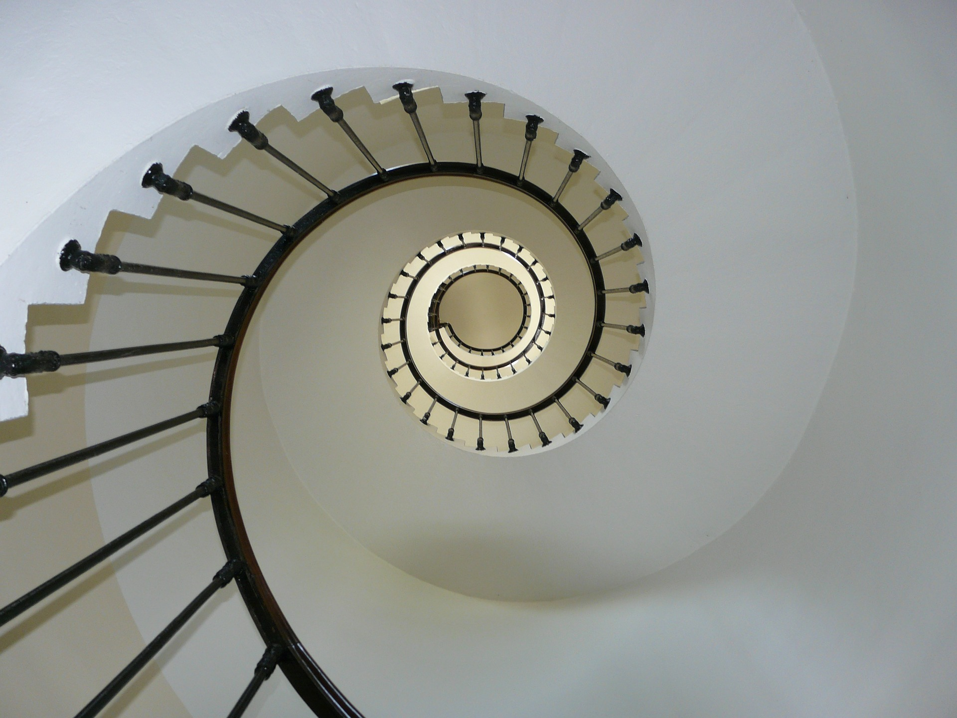 staircase-iuvoTechnologies_cloud